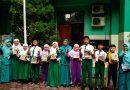Reward Pengunjung dan Peminjam Perpustakaan MINU KH. Mukmin Sidoarjo